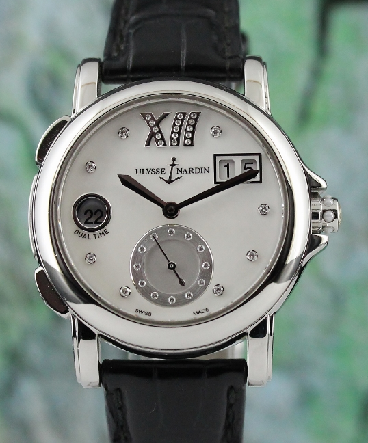 A Ulysse Nardin Stainless Steel Dual Time Watch / 243-22